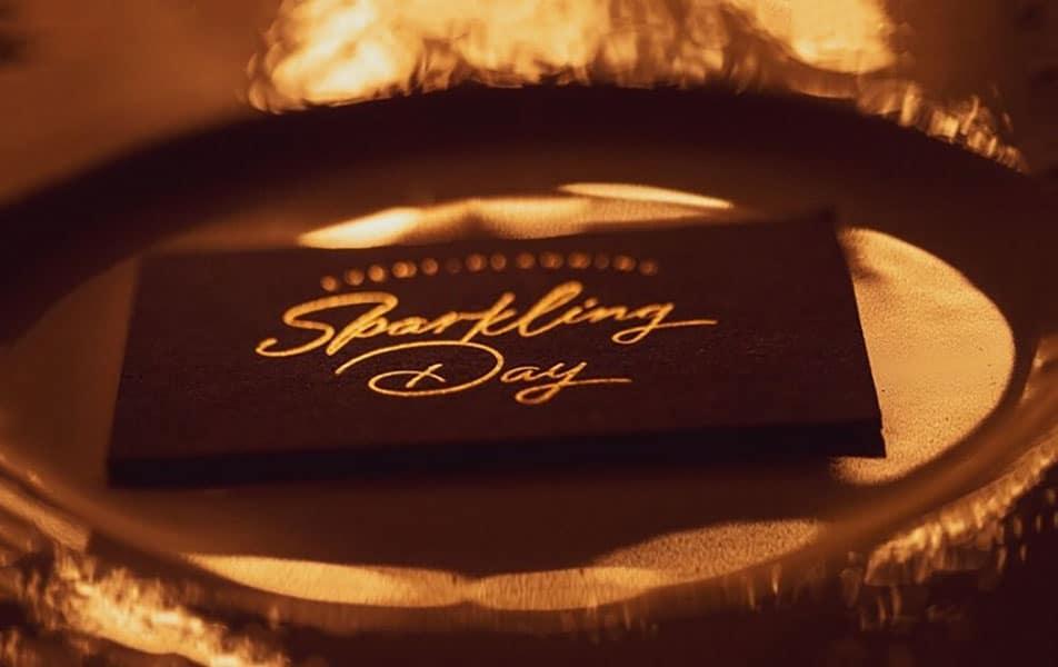 Αναβολη η ακυρωση του γαμου; Sparkling Day