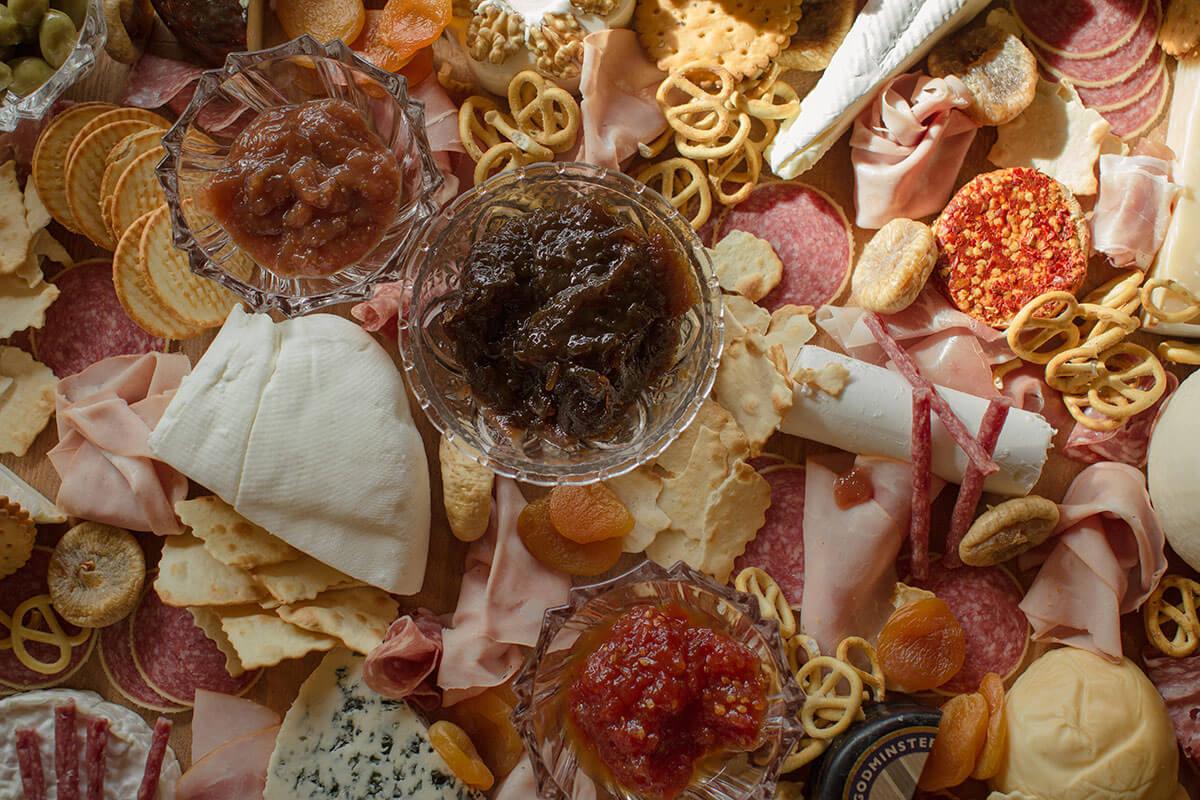 15Wine-Pairing-Cheese-board