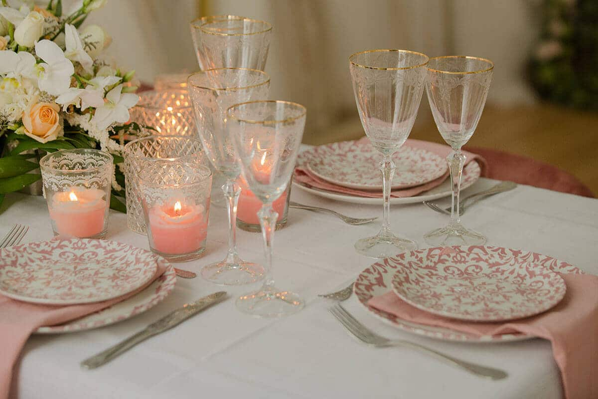 19-Romantic-Elegance-with-Pink-Sophisticated-tones