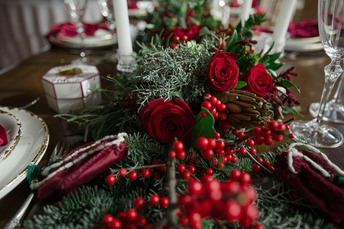 2-Christmas-wedding-editorial