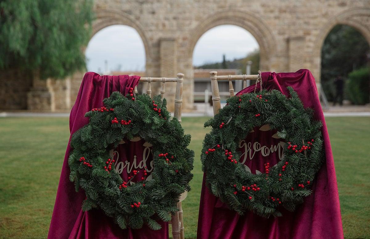 22-Christmas-wedding-editorial