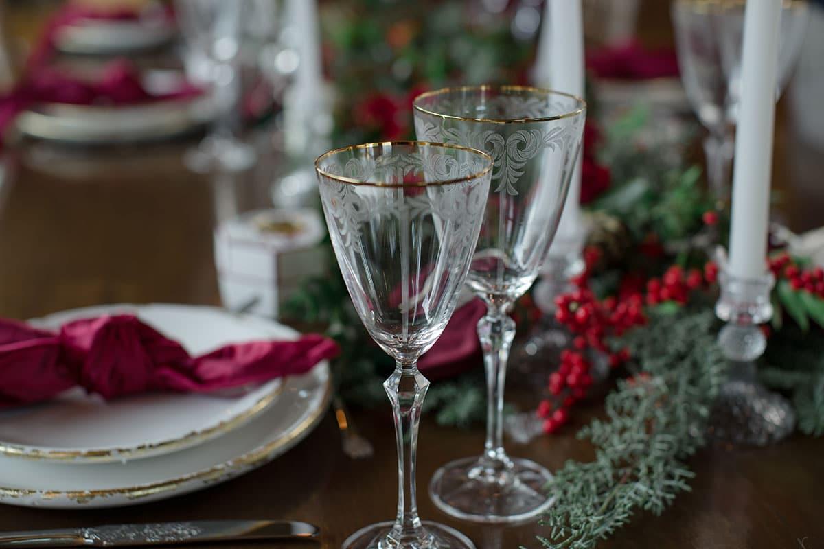 23-Christmas-wedding-editorial