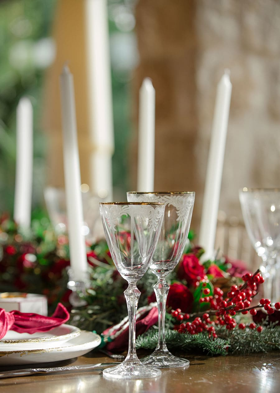 3-Christmas-wedding-editorial