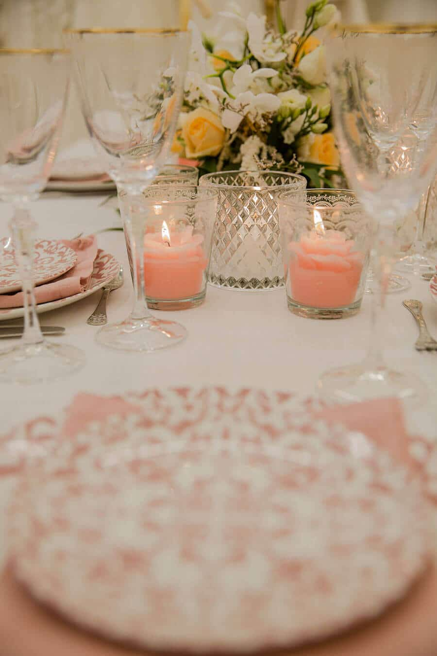 5-Romantic-Elegance-with-Pink-Sophisticated-tones