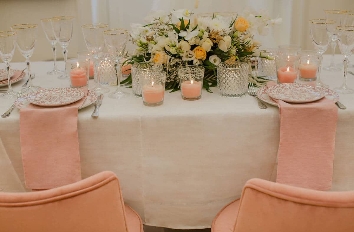 8-Romantic-Elegance-with-Pink-Sophisticated-tones